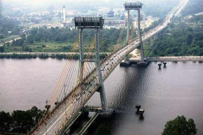 jembatan sungai siak